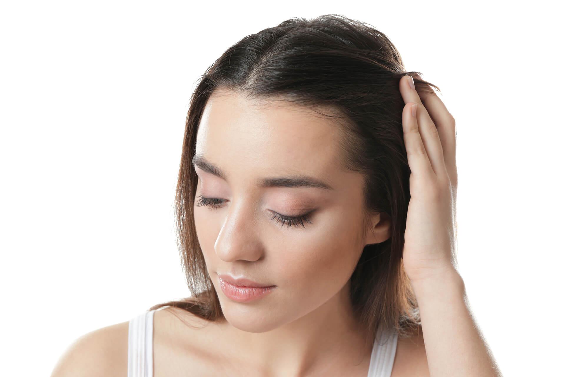 Dermatolog Danuta Nowicka_Profilaktyka i leczenie wypadania włosów